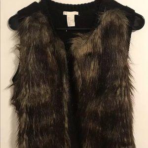 H&M Womens Size S Faux Fur Sleeveless Open Vest